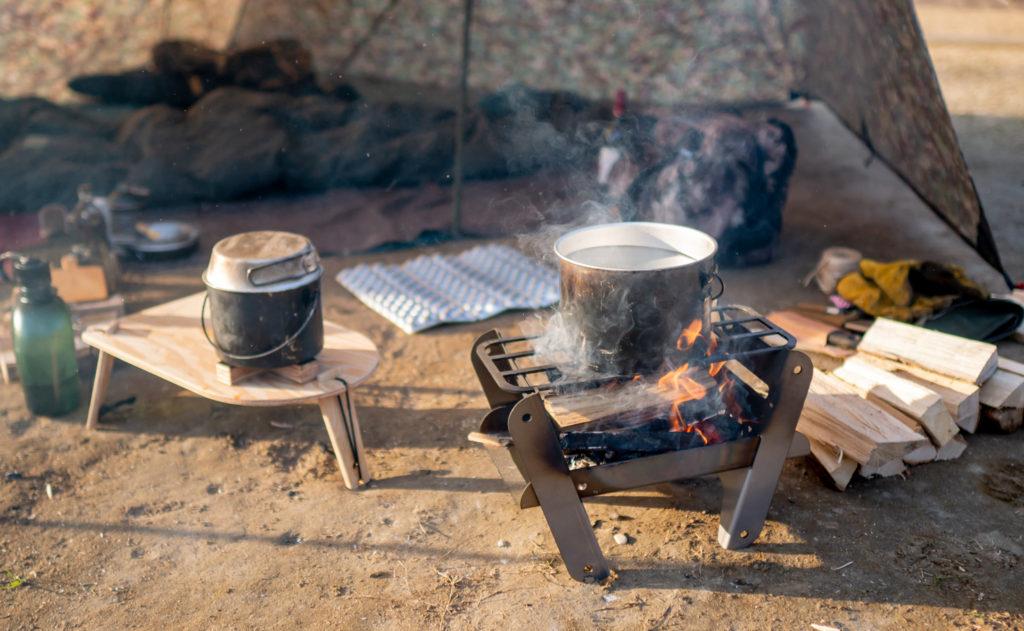 ソロ用焚き火台COOKING FIRE PIT SOLOでミニマルキャンプ