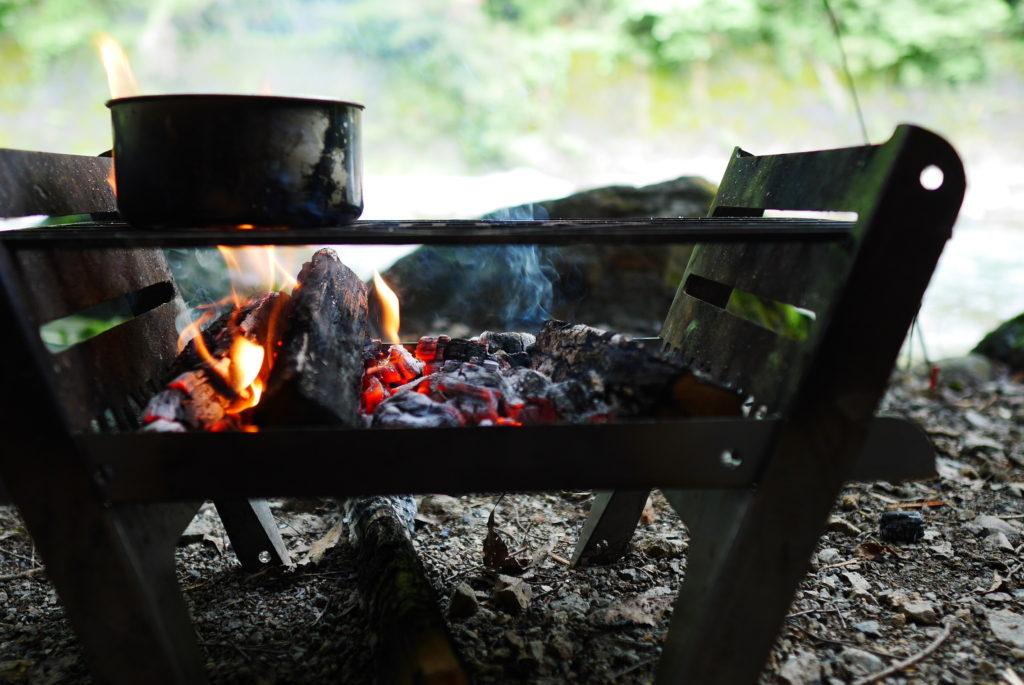 焚き火と熾火